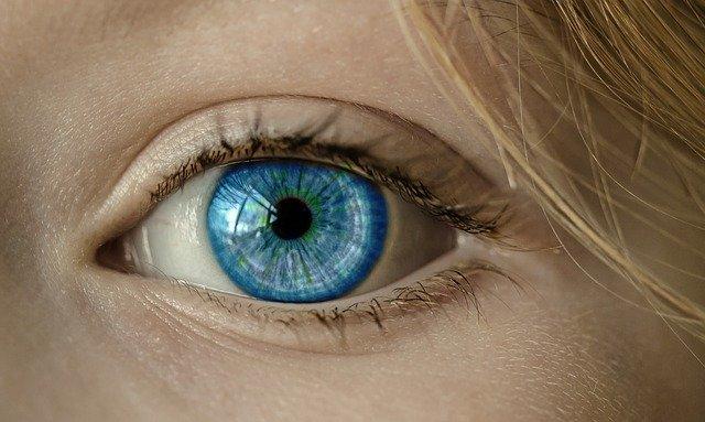 suplementy na oczy